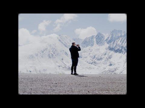 Fatoni – Alles zieht vorbei feat. Dirk von Lowtzow (prod. Dexter & Occupanther)